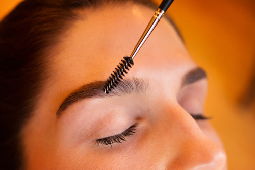 Photograph of eyebrow shaping appointment in Boston